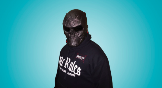 [Video] Perchè Mr Flame porta la maschera