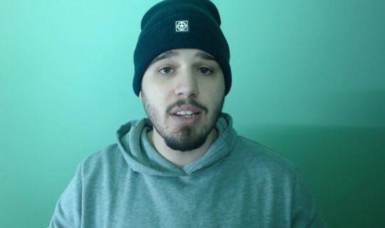 Lo youtuber JohnRino è stato colpito da Striscia La Notizia!
